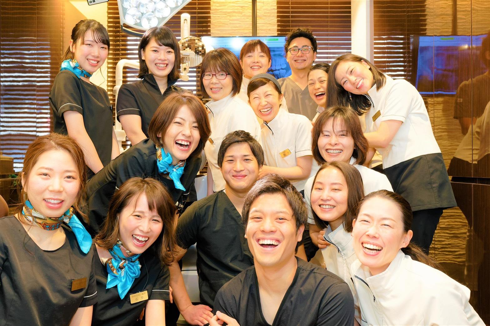 教育マニュアルを用いた丁寧な指導、希望日に休みを取りやすい完全週休二日のシフト制。歯科衛生士 正社員